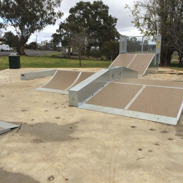 dunedoo-skatepark-playground-playequipment-rhino-custom2-nsw