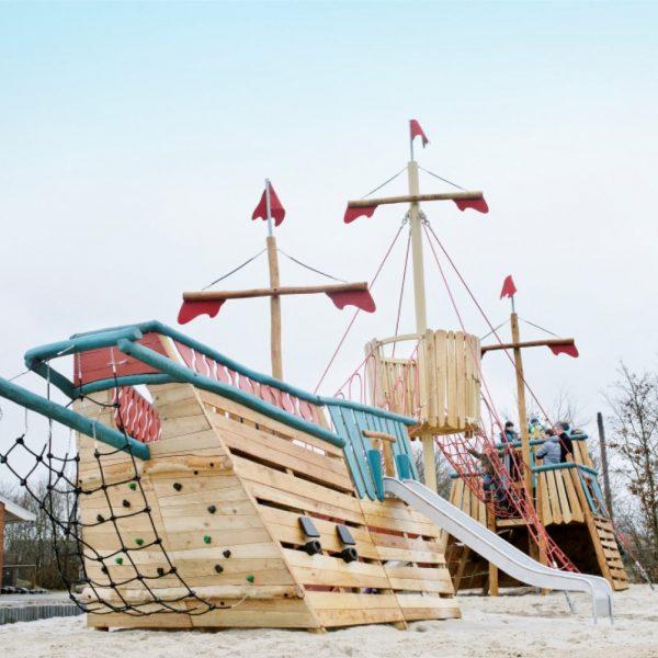 kompan_robinia_ship_explorer2