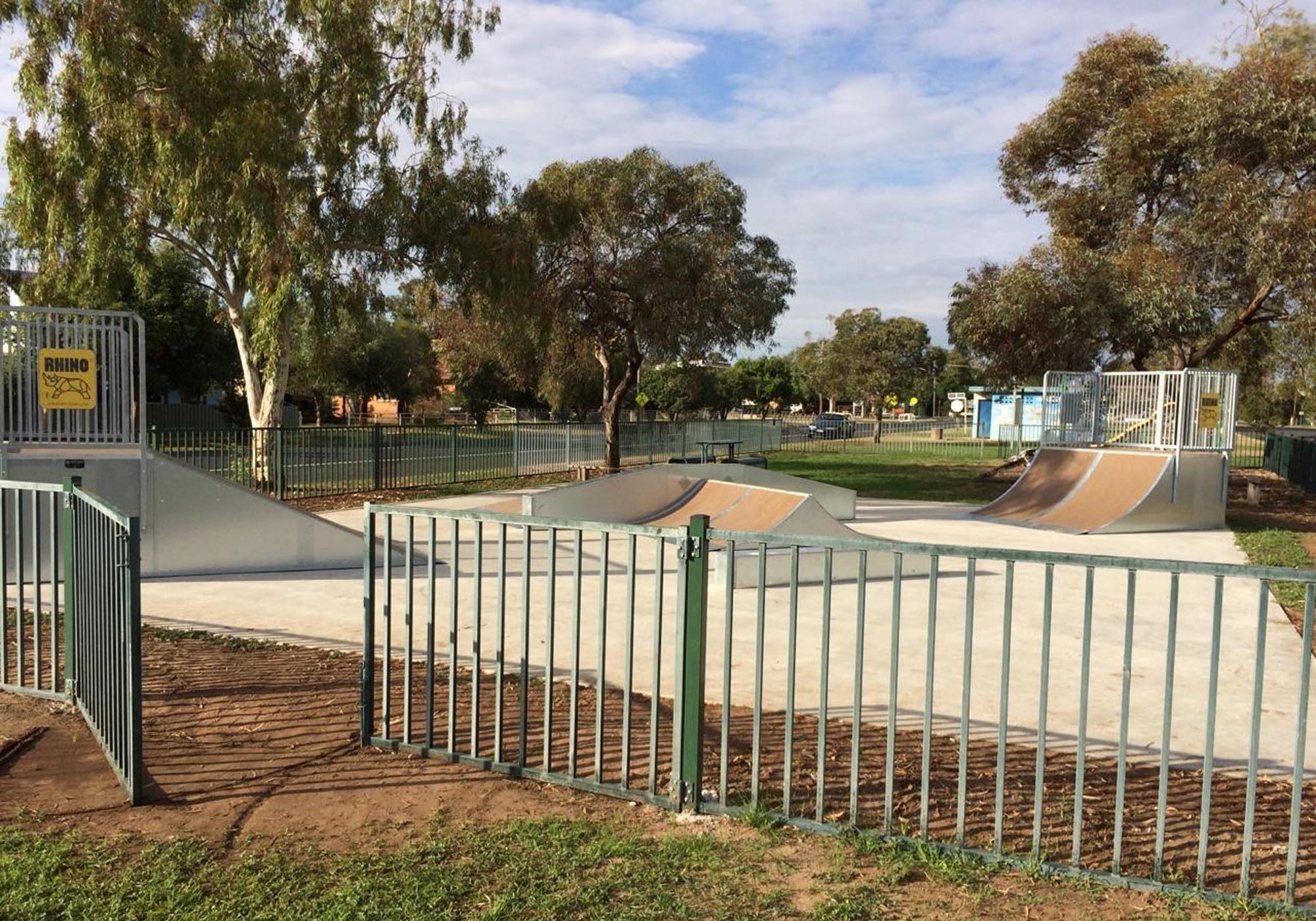 coonamble-skatepark-playground-playequipment-rhino-custom4