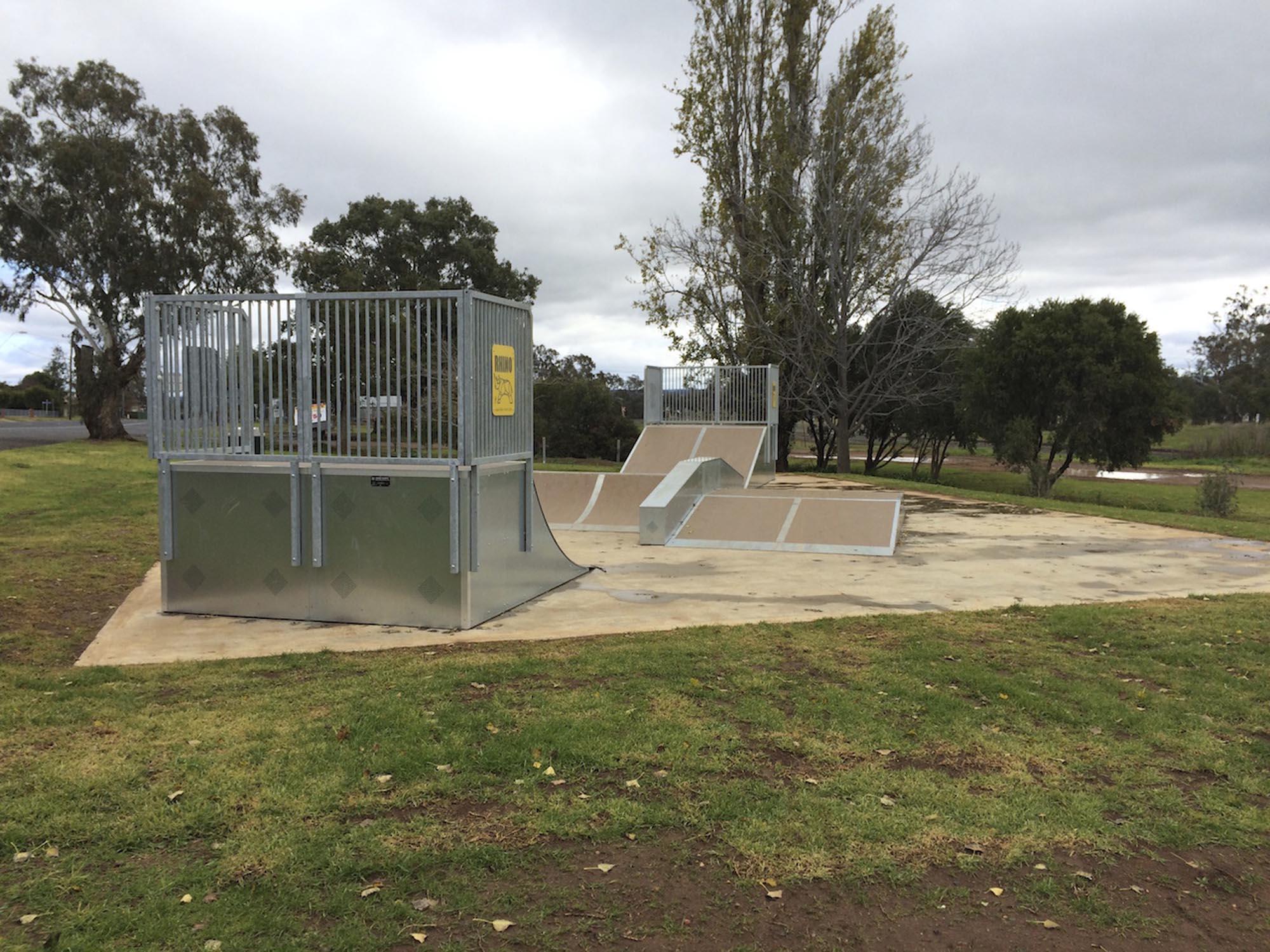 dunedoo-skatepark-playground-playequipment-rhino-custom5-nsw