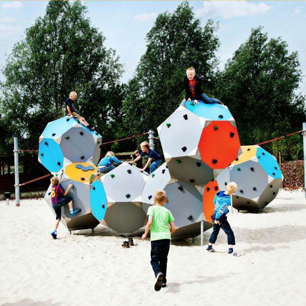 playsculptures-boqx-kompan